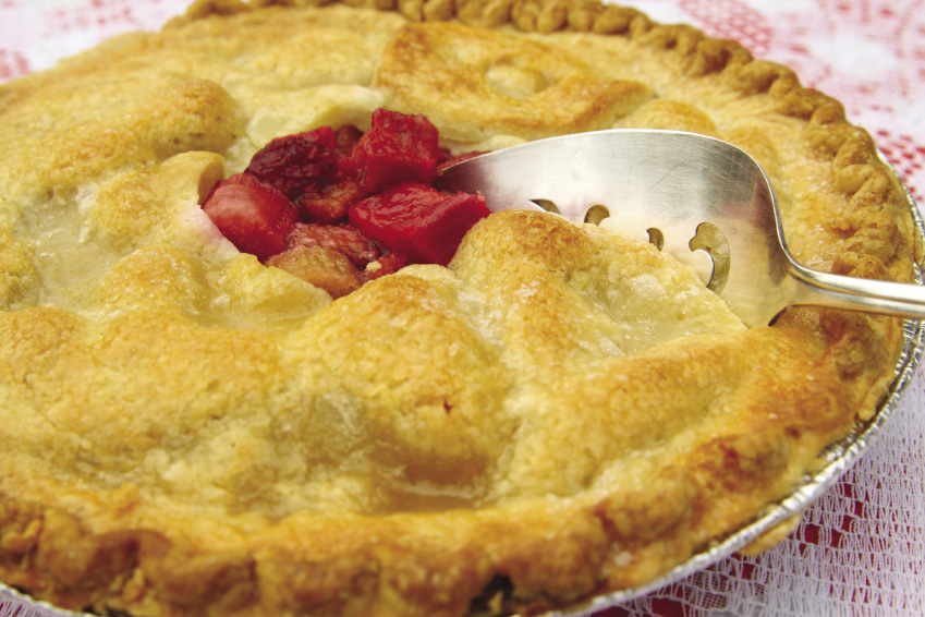 Rhubarb Pie with Saffron
