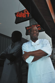 Chef Lawrence Roberts <br /> 		of Club Paris